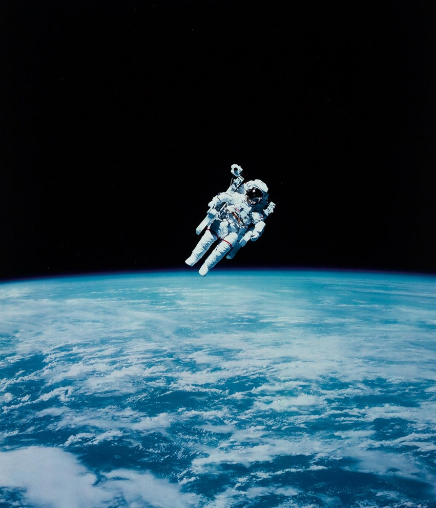 astronavty-31-9-851x990