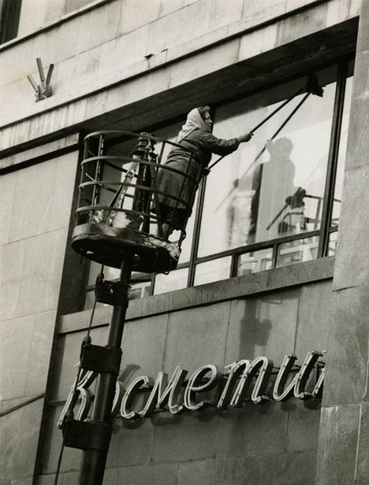 window-washer-russia_thumb1