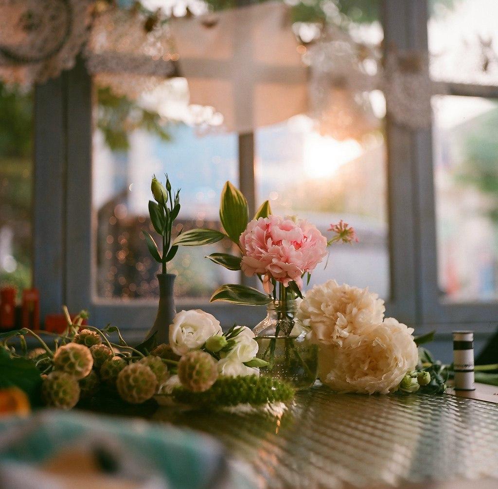 Все цветы мира для прекрасной половины человечества. С 8 марта, Дамы!