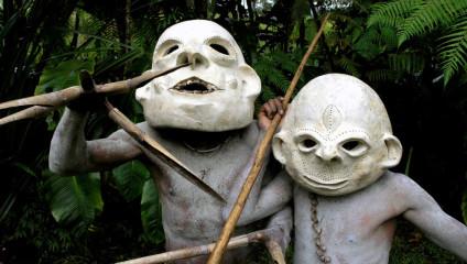 Грязевые люди из Папуа-Новая Гвинея