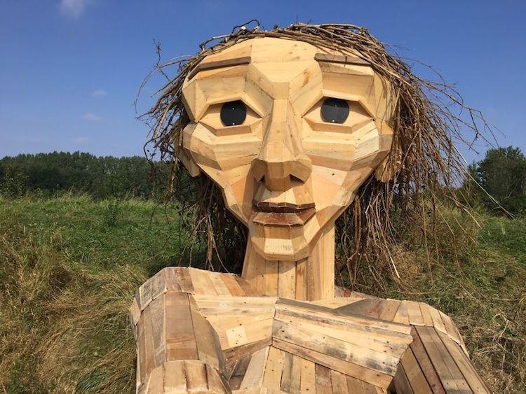 derevyannye-skulptury-16-13