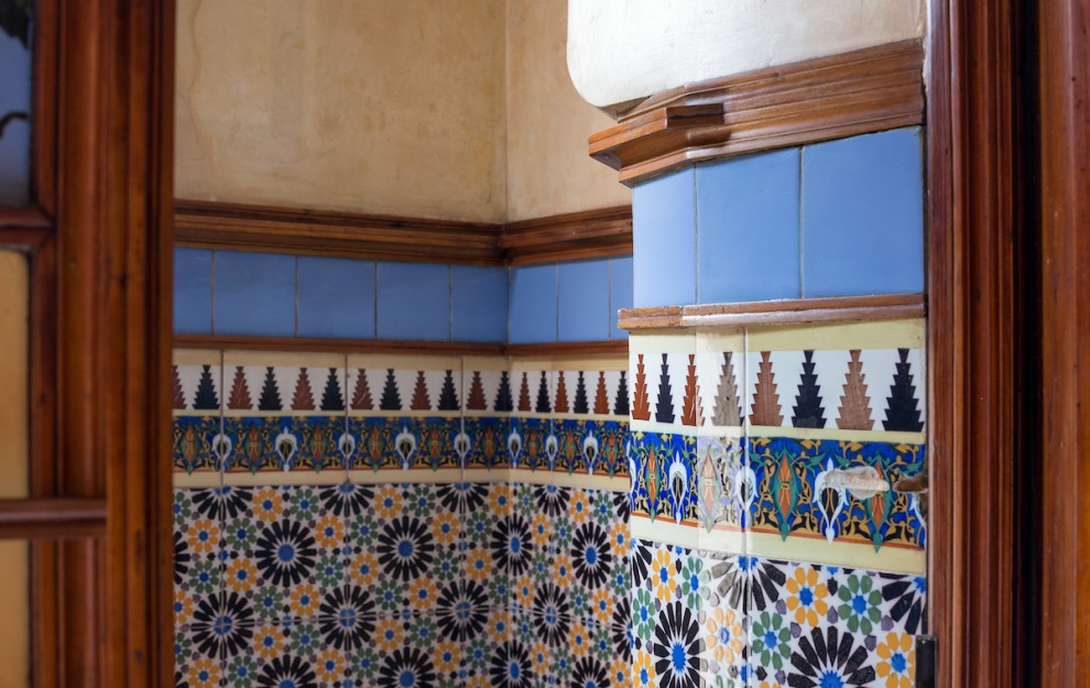Gaudi-16-16-990x625