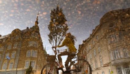 Мир в отражениях после дождя: лирические городские пейзажи Andreas Kamoutsis