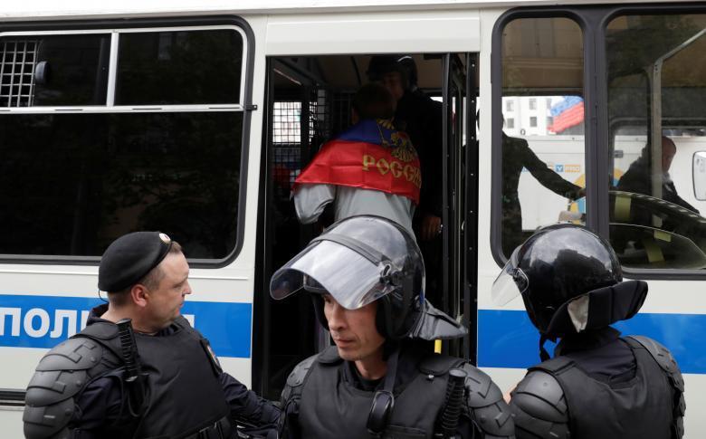 protesty-v-rossii-13-19