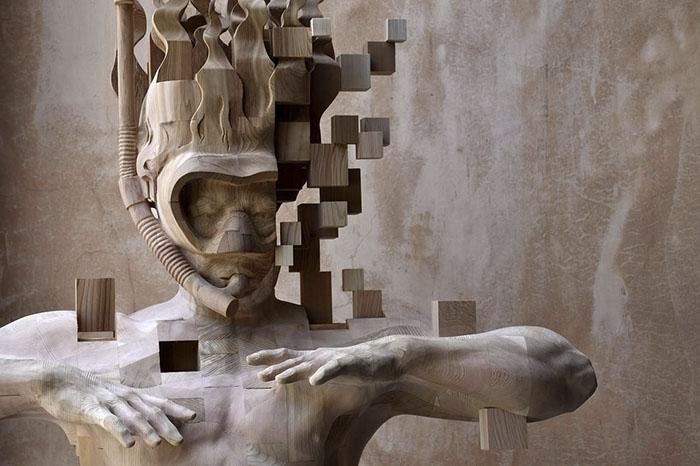 Эти пиксельные скульптуры, которые выглядят как компьютерный глюк, на самом деле сделаны из дерева