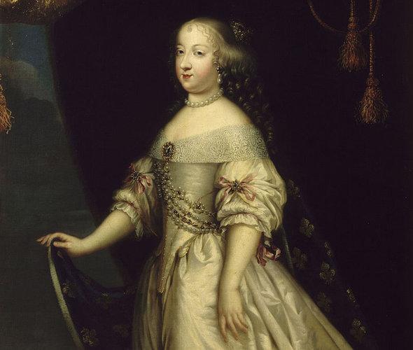 Мария Терезия Испанская. Вероятнее всего, именно ей принадлежит фраза про пирожные