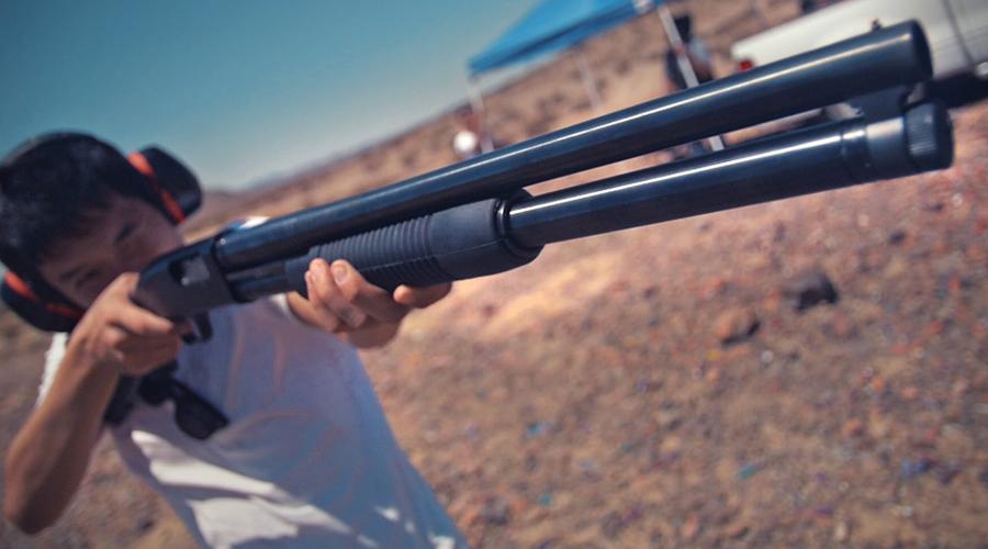 Моссберг 500 — одно из самых распространённых многозарядных ружей с перезарядкой подвижным цевьём (помповых ружей). Впервые выпущено в 1962 году. Сейчас выпускается в различных модификациях, предназначенных как для охоты, так и для полиции, охранников и самообороны