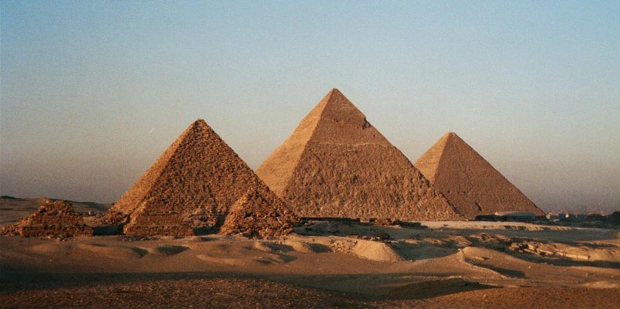 8_pyramid
