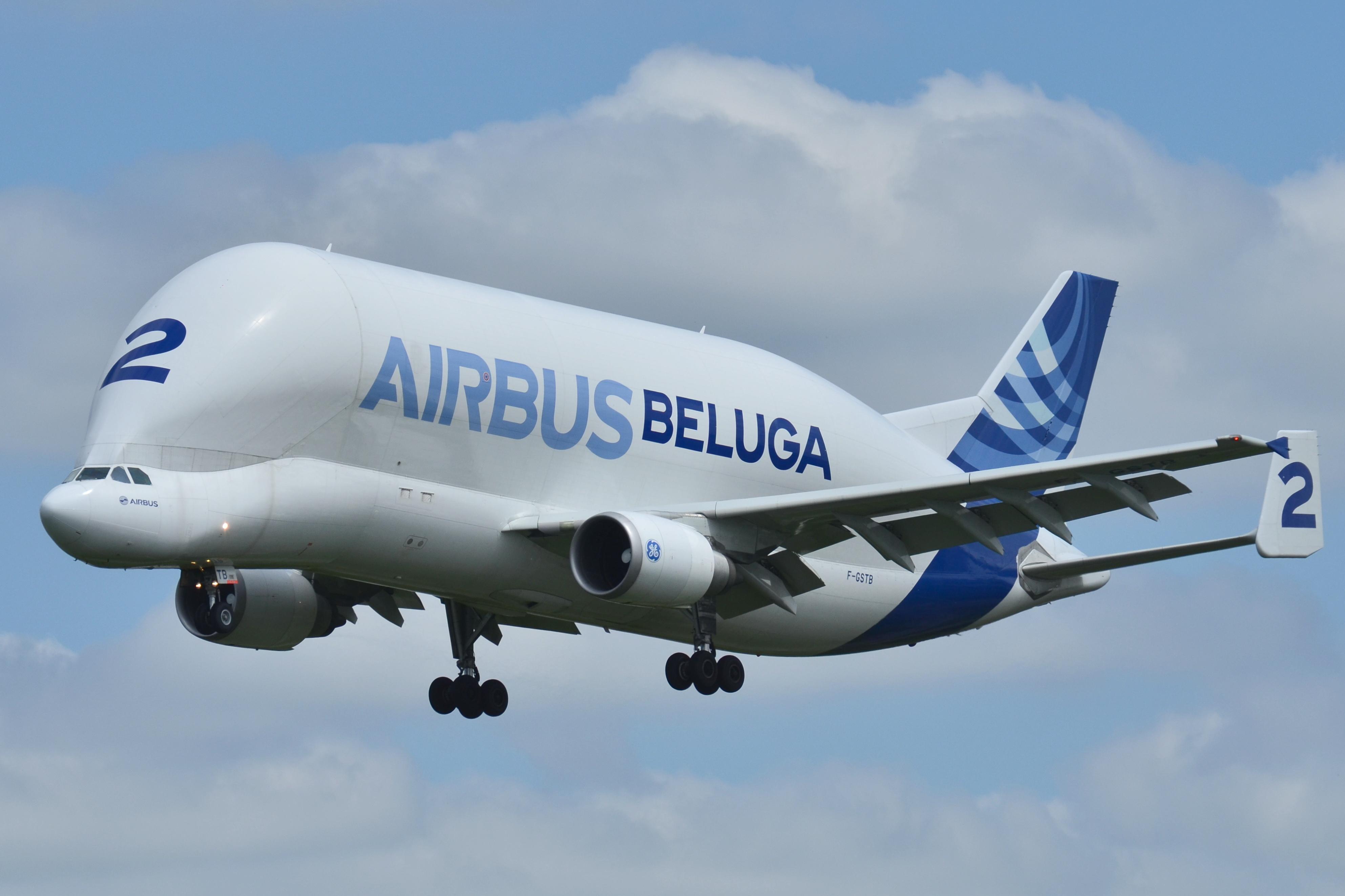 Airbus_A300-600ST_Airbus_Industries_(AIB)_Beluga_2_F-GSTB_-_MSN_751_(9738916989)