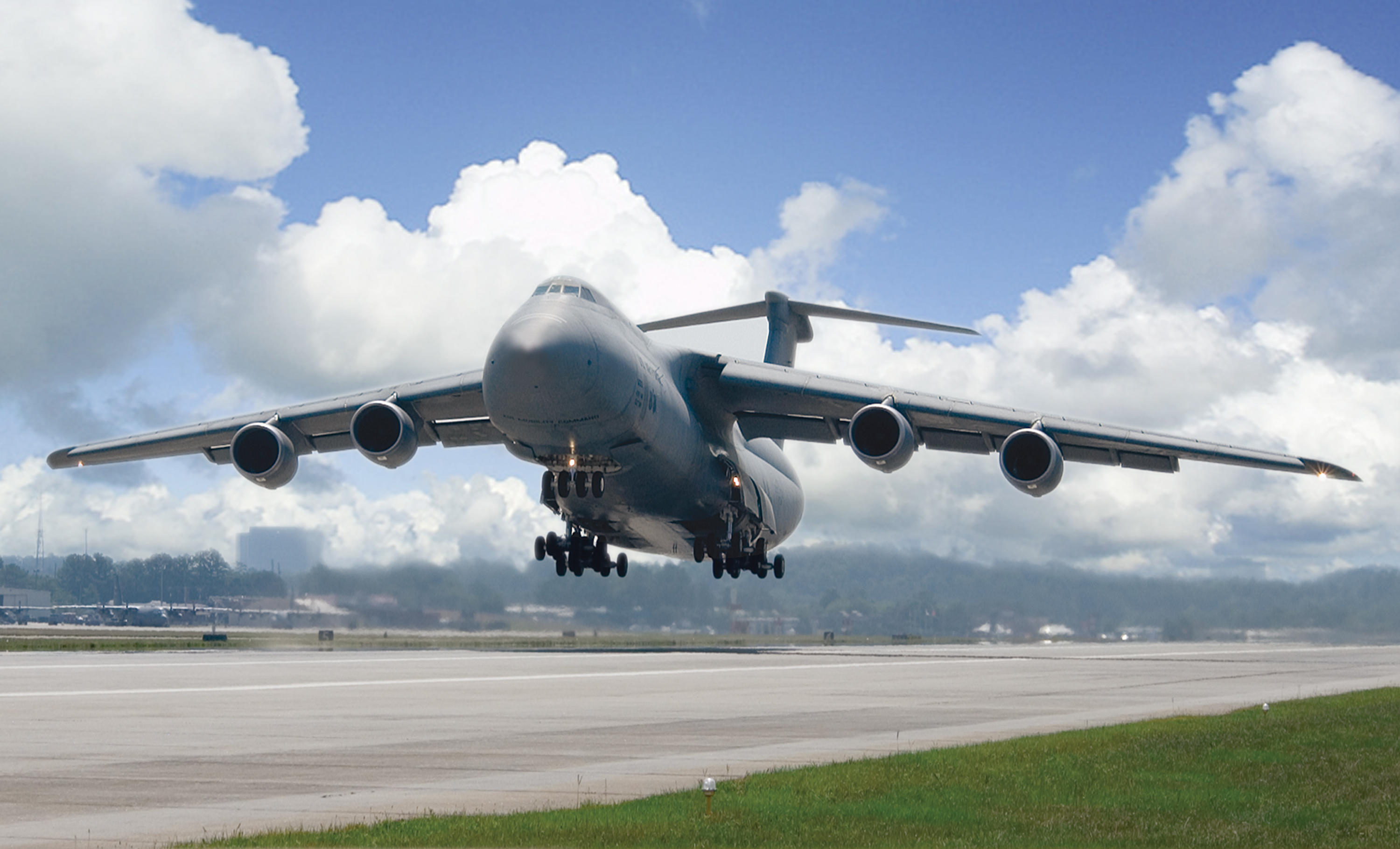 Lockheed_C-5M_Super_Galaxy