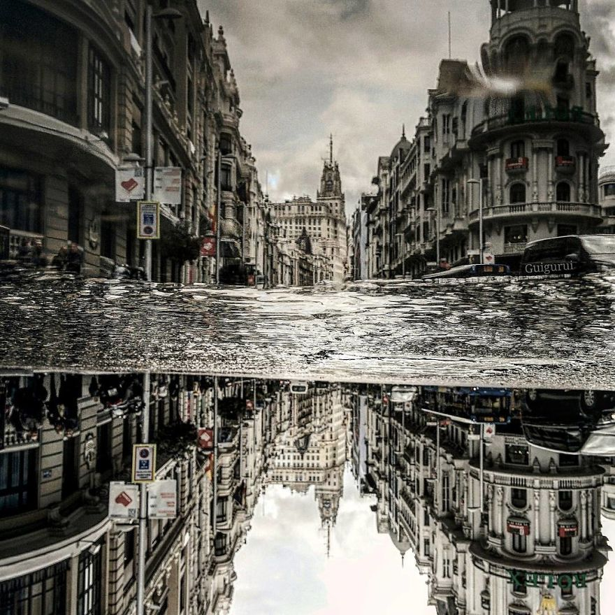 The-parallel-world-of-puddles-taken-with-my-Smartphone-59c4cad6c4178__880