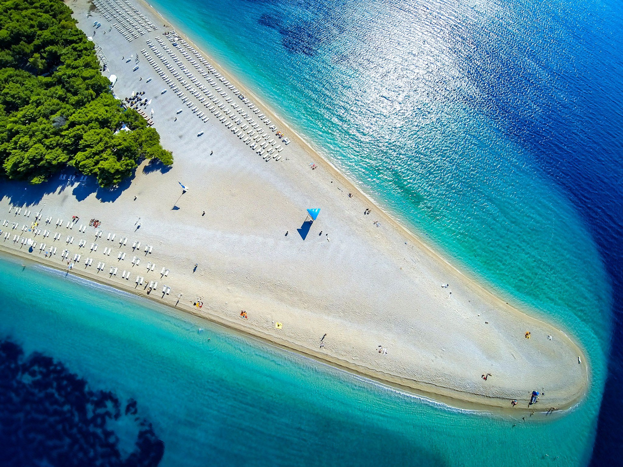 beaches-europe-Zlatni-rat-croatia-GettyImages-537453216