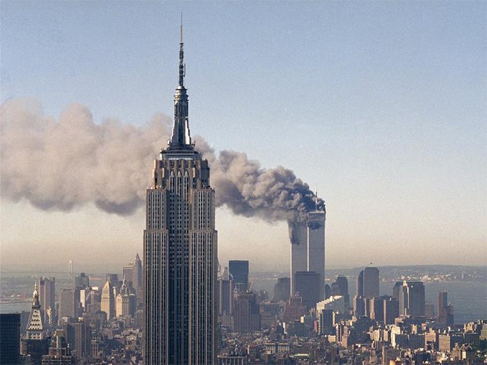 rare-911-twin-tower-photos-11-59b6524b9509c__700