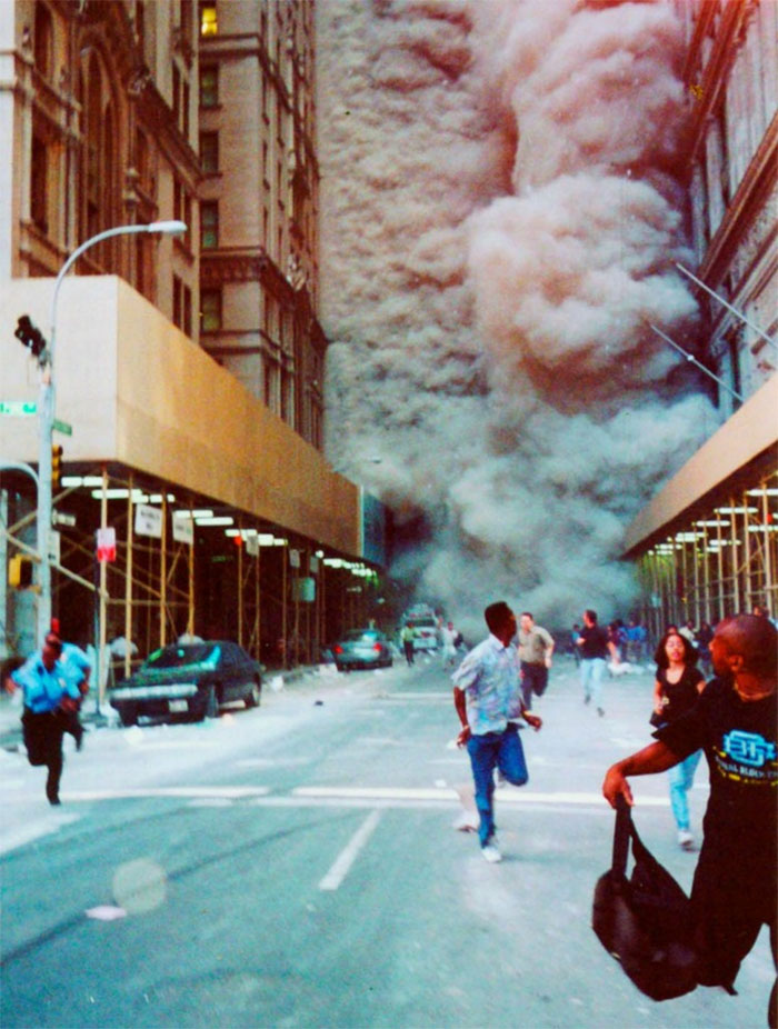 rare-911-twin-tower-photos-59b6397f1b4af__700