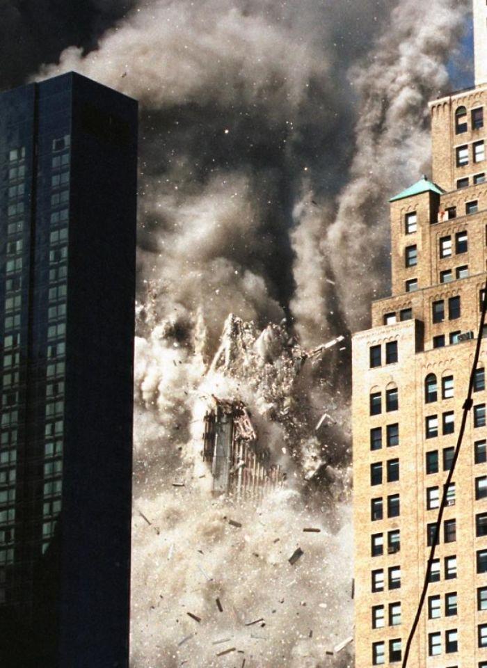 rare-911-twin-tower-photos-59b64068a3710__700