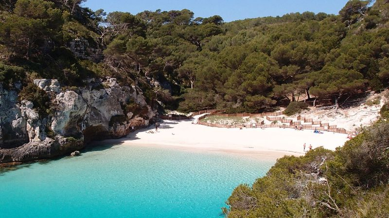spain-menorca-cala-macarelleta-beach