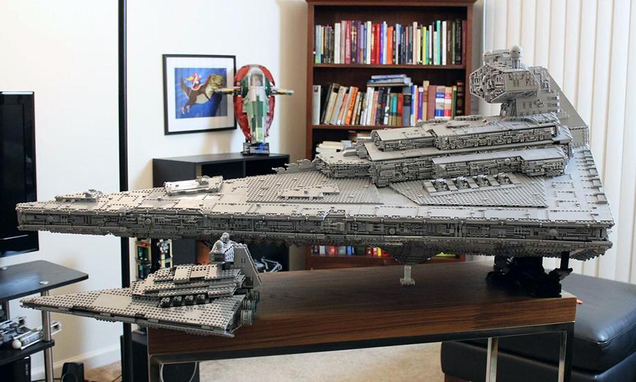 Фанат «Звёздных войн» построил из LEGO почти полутораметровый макет крейсера