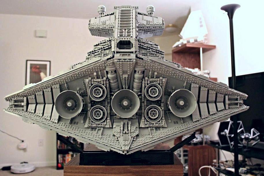 star-wars-lego-imperial-destroyer-ship-interior-doomhandle-40
