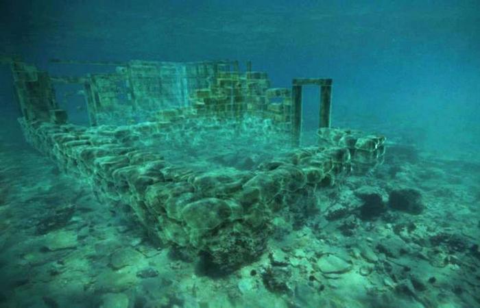 under-water-02