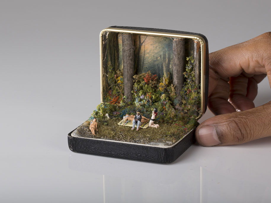 vintage-ring-box-miniature-diorama-talwst-10