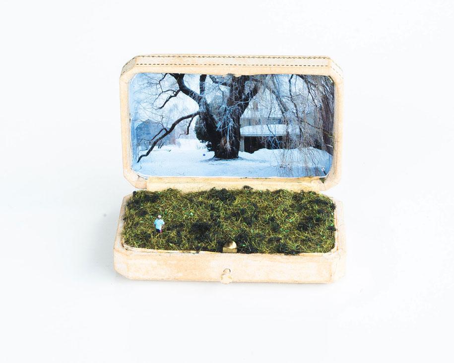 vintage-ring-box-miniature-diorama-talwst-11