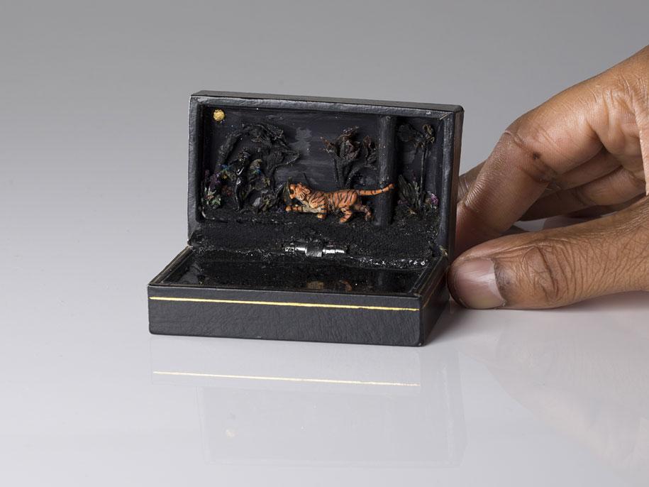 vintage-ring-box-miniature-diorama-talwst-15