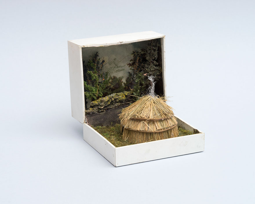 vintage-ring-box-miniature-diorama-talwst-v2