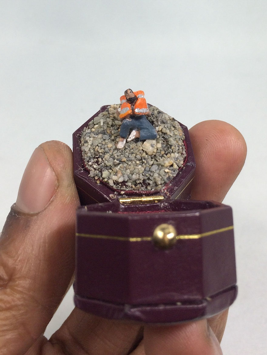 vintage-ring-box-miniature-diorama-talwst-v6