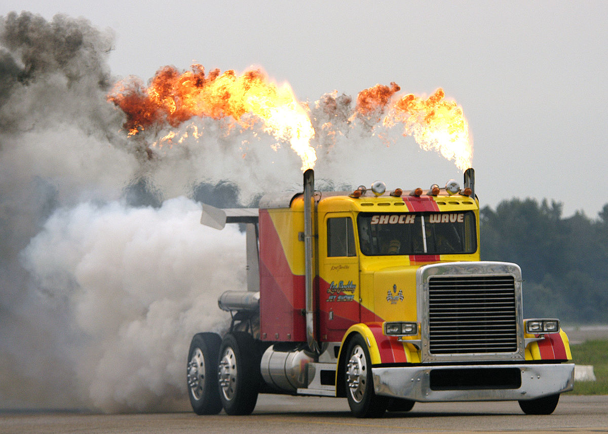 1200px-US_Navy_030906-N-4459K-060_Shockwave,_the_world's_fastest_truck,_dazzles_the_crowd