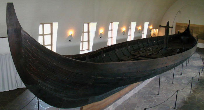 Гокстадский корабль древних скандинавов, IX век н.э.
