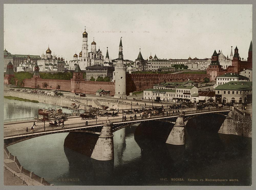 moskvoretckii_most_kreml