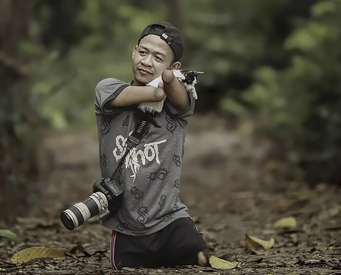 no-legs-arms-photographer-achmad-zulkarnain-indonesia-5-59d1dc5744714__700