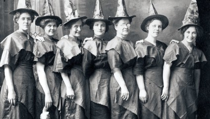 20 ужасающих старых фотографий, которые доказывают, что Хэллоуин был когда-то страшным праздником