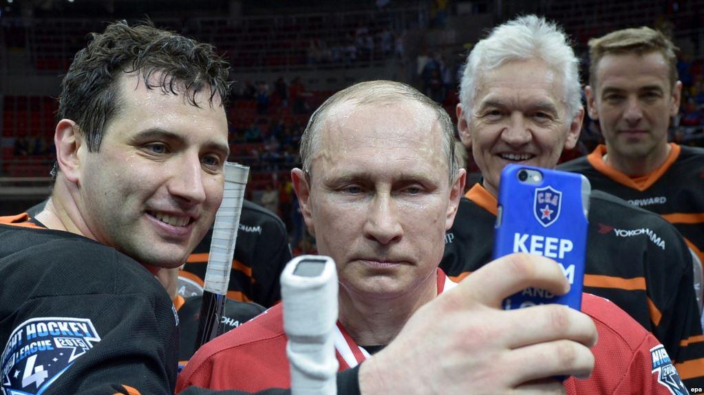 Подборка всех селфи с Владимиром Владимировичем Путиным