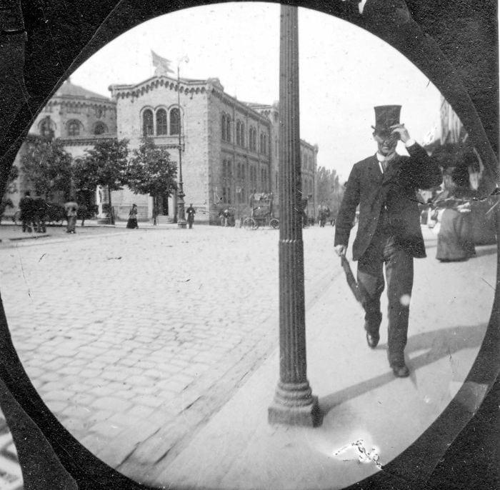 spy-camera-secret-street-photography-carl-stormer-norway-154-5a44a8229d179__700