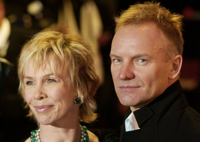 401496 03: Musician Sting and Trudie Styler pose for photographers as they arrive at the British Academy for Film and Television Arts Awards (BAFTA) ceremony February 24, 2002 in London. (Photo by Sion Touhig/Getty Images)