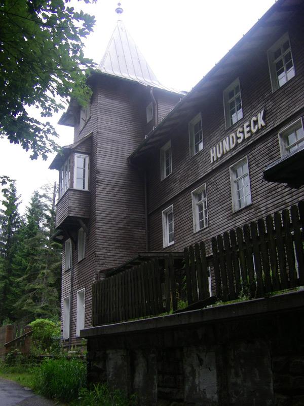 18443 (1)