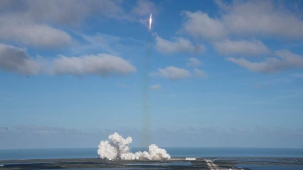 Запуск ракеты Falcon Heavy