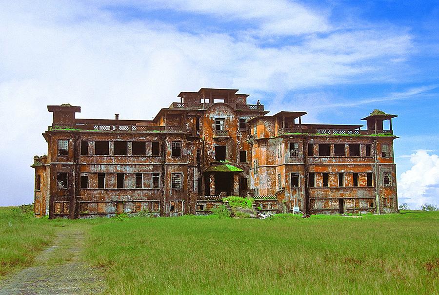 Cambodia_Bokor_Palace