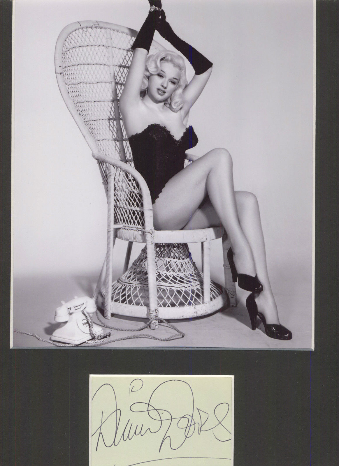 Diana-Dors-The-Blonde-Bombshell-Signed-Authentic-Autograph-Display-Uacc-1