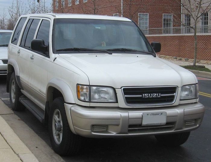 Isuzu_Trooper_1998