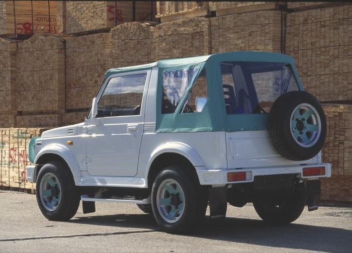 Suzuki_Samurai_1988
