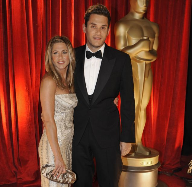 Jennifer Aniston, left, and John Mayer arrive at the 81st Academy Awards Sunday, Feb. 22, 2009, in the Hollywood section of Los Angeles. (AP Photo/Chris Carlson)