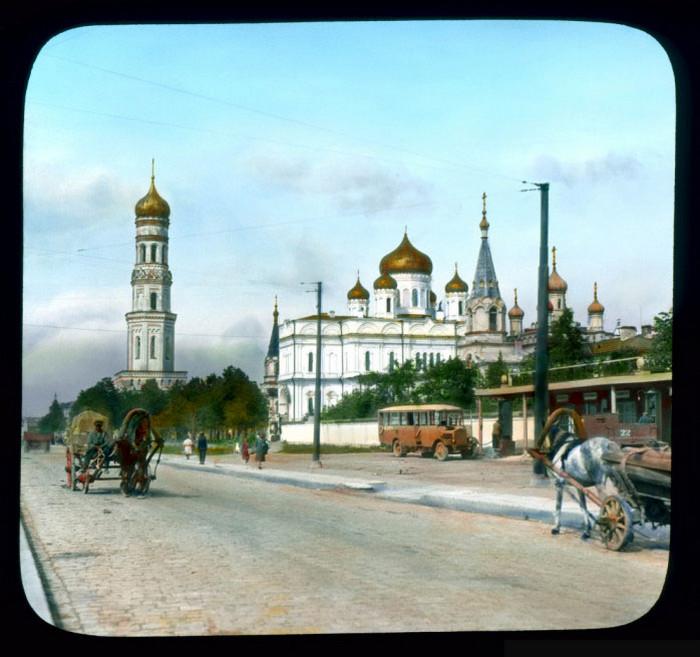 Московский проспект и Новодевичий монастырь, Ленинград.