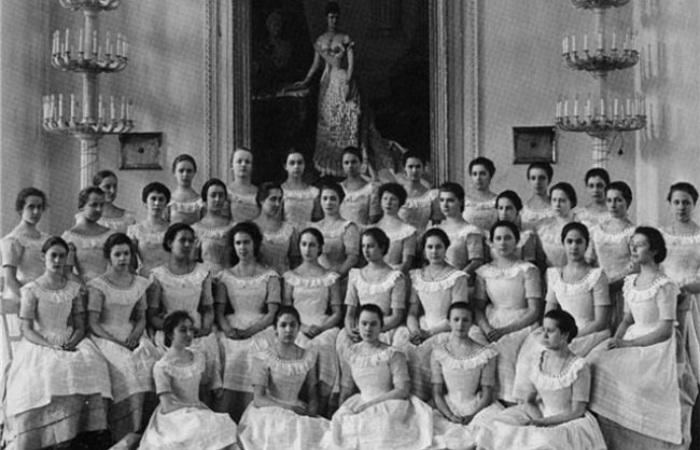 Суровое воспитание благородных девиц во времена Российской империи