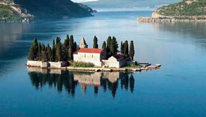Топ небольших населенных островков на земле: рай для Ваших глаз