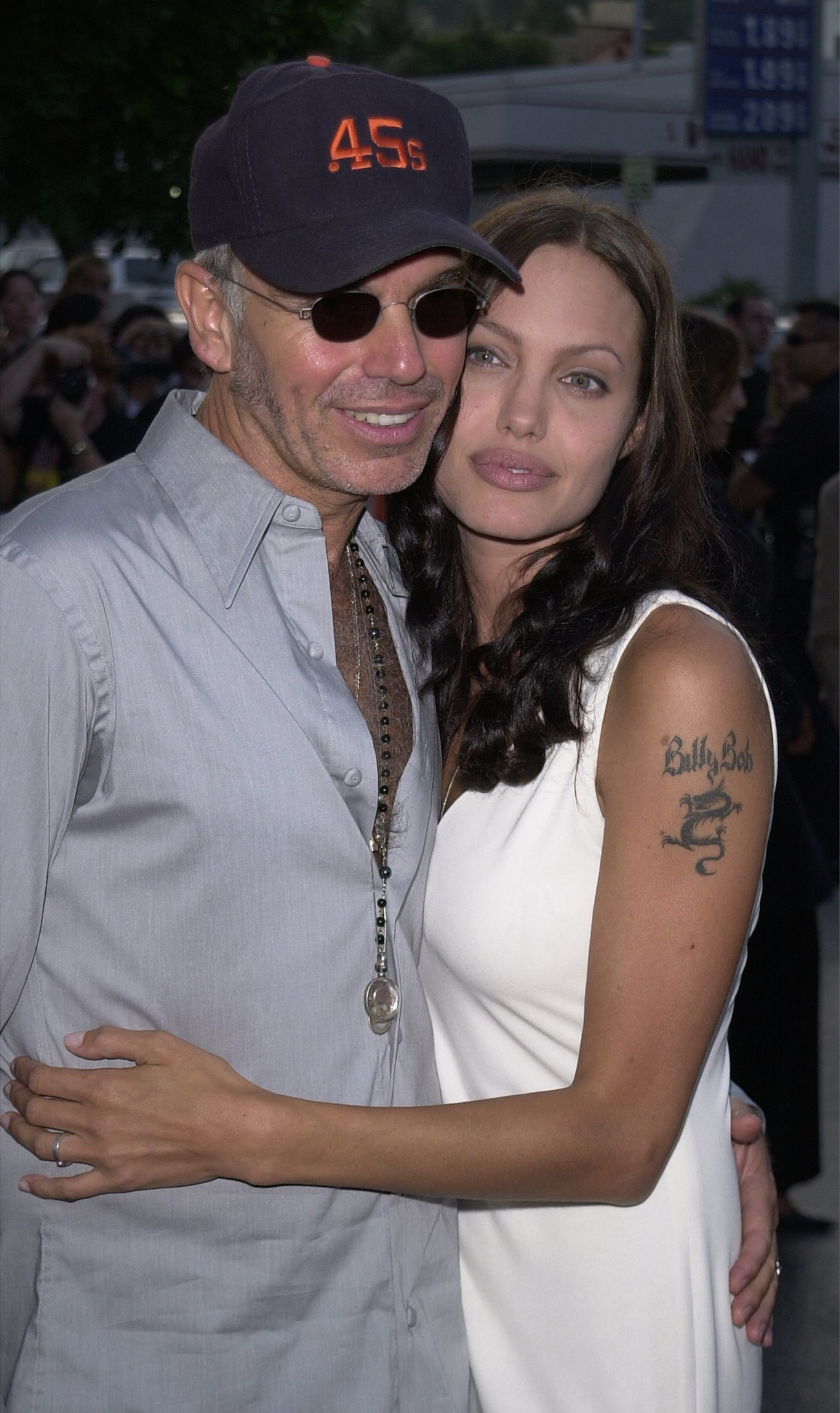 "392621 08: Actress Angelina Jolie and her husband, actor-director Billy Bob Thornton, attend the premiere of the MGM Pictures'' film ""Original Sin"" July 31, 2001 in Hollywood, CA. (Photo by Vince Bucci/Getty Images)"