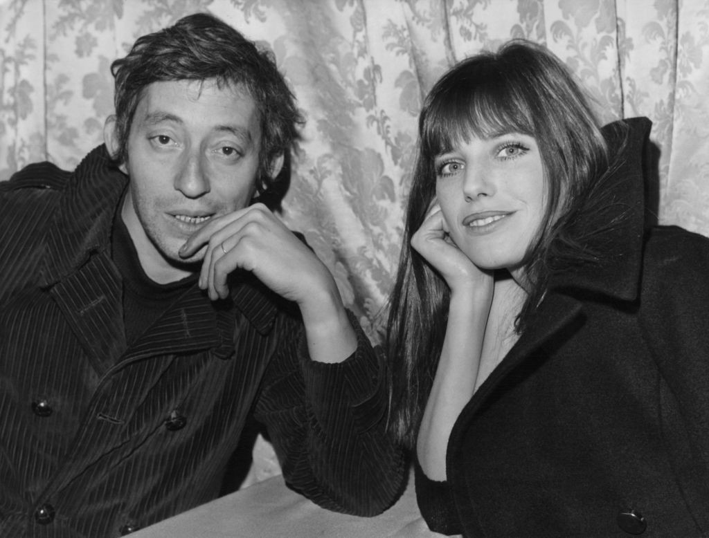 English actress Jane Birkin and French singer Serge Gainsbourg (1928 - 1991) announce that they are expecting a baby, France, 26th March 1971. Their daughter, actress Charlotte Gainsbourg, was born in July 1971. (Photo by Keystone/Hulton Archive/Getty Images)