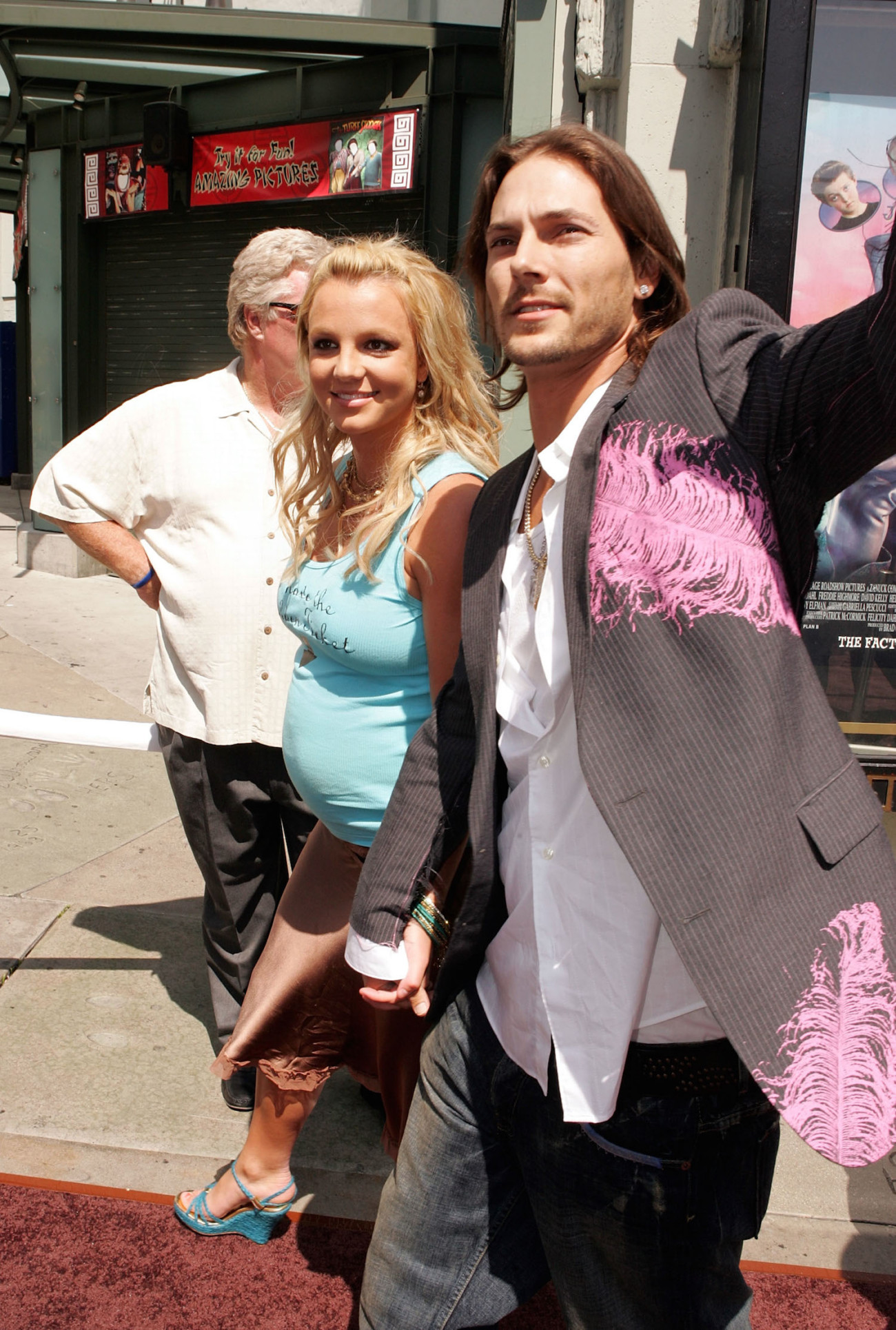 HOLLYWOOD - JULY 10:  Singer Britney Spears (L) and husband Kevin Federline arrive at the Warner Bros. Premiere of Charlie and the Chocolate Factory at the Grauman's Chinese Theatre on July 10, 2005 in Hollywood, California.  (Photo by Kevin Winter/Getty Images)