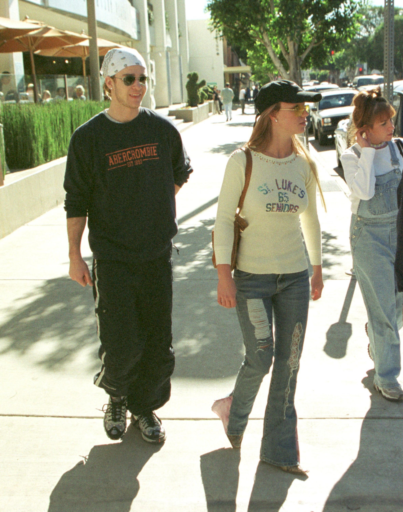 383913 01: FILE PHOTO: Pop singer Britney Spears and Justin Timberlake of ''N SYNC leave the Newsroom restaurant after having lunch together January 4, 2001 in Beverly Hills, CA. Spears recently bought a new home in Hollywood Hills to share with Justin. (Photo by Jason Kirk/Online USA)